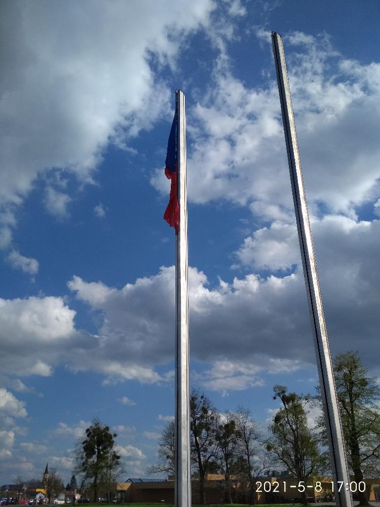 Hrabyně vlajky 3